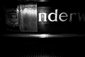 typewriter-566771_1280